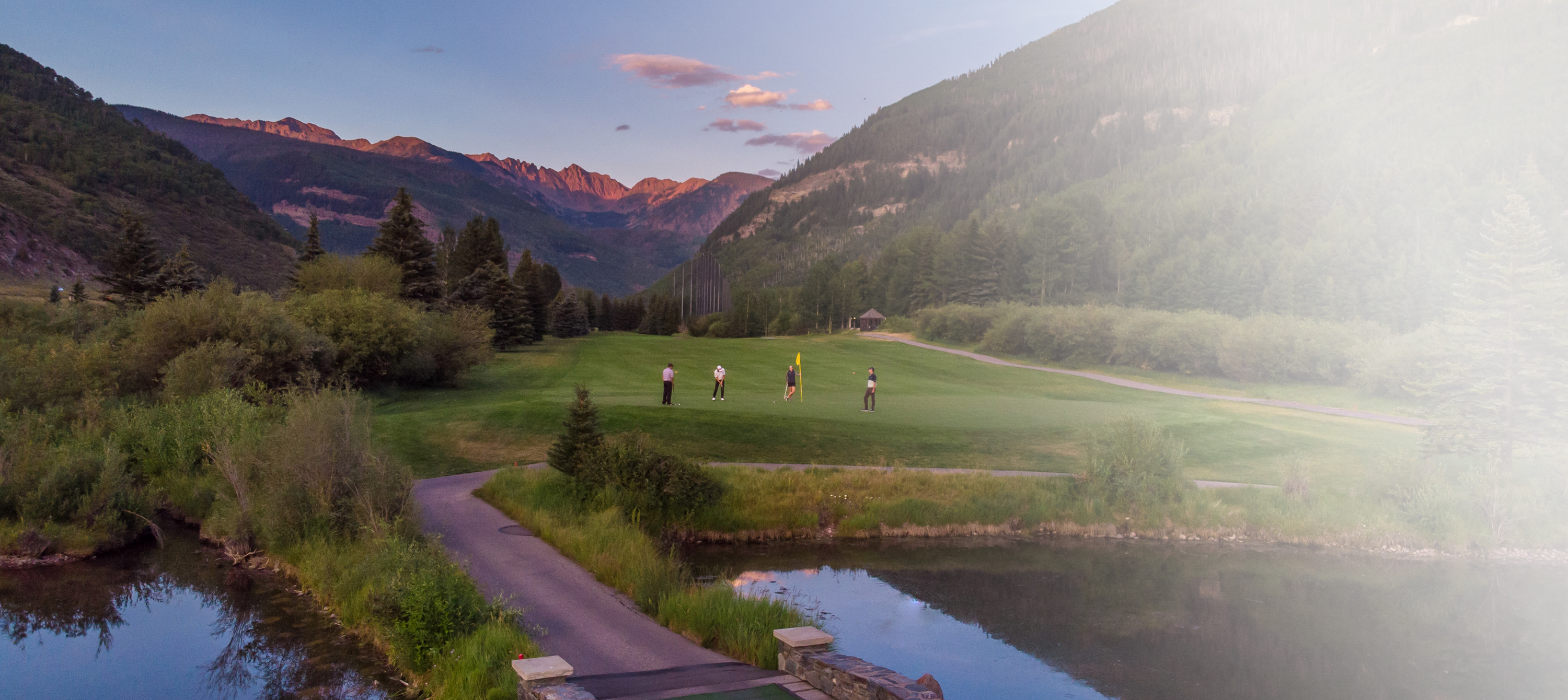 /images/Homepage/golf-sunset-lg.jpg
